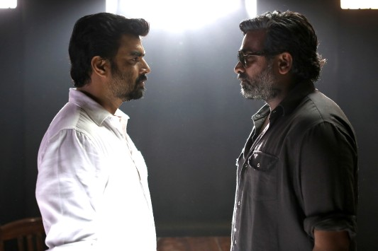 vikram-vedha-movie-stills-3